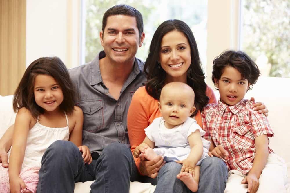 Family of 5 Photoshoot - ShutterTurf
