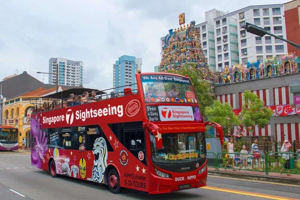 Hop on Hop off bus Singapore - Shutterturf