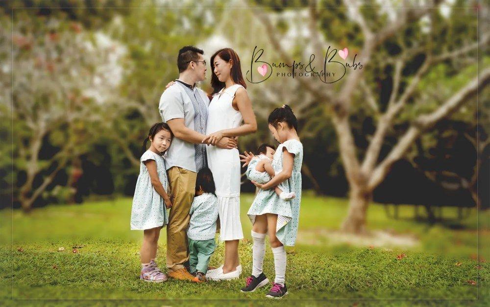 Family photoshoot in Singapore - Shutterturf